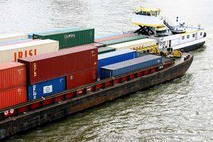 Containerschiff, © ballensilage.com