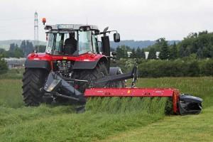 Gras mähen, © ballensilage.com
