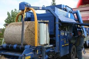 Maisrundballen pressen, © ballensilage.com