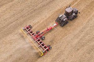 Kurzscheibenegge 10001 T für große Flächenleistung, © Pöttinger