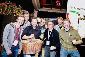 Siegerteam der Challenge mit dem Monitoring des Füllstands von Futtermittelsilos, © Leander Waldow, Netrocks GmbH