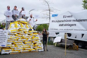 Milk powder campaign Berlin may 2020, © BDM