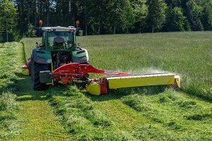 Saubere Arbeit mit dem NOVACAT 402 ED für bestes Futter, © Pöttinger